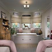 卧室榻榻米装修效果图小户型