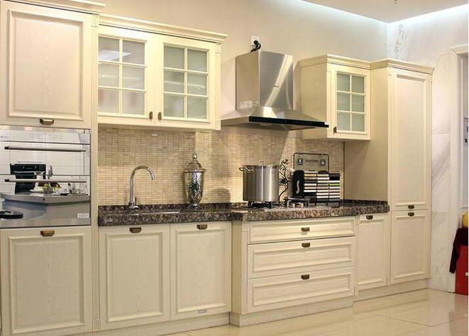一字厨房装修效果图欣赏