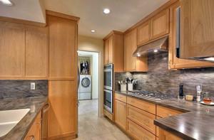 2平米小厨房装修效果图大全