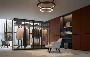 现代风衣帽间玻璃衣柜装修效果图