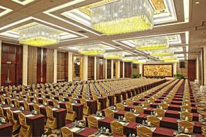 大型高端会议室装修效果图赏析