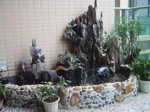 入户花园假山流水图片