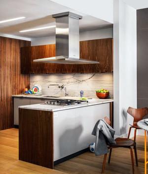 现代风格厨房装修设计图