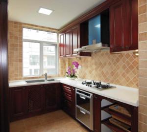 三居室厨房装饰效果图