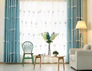 地中海式客厅窗帘装修效果图