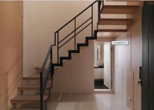 复式旋转楼梯装修效果图