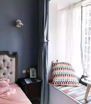 精致卧室飘窗装修效果图欣赏