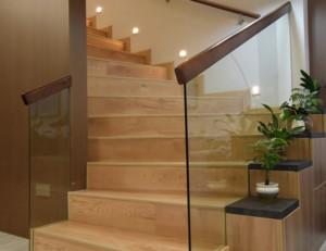 现代风格跃层楼梯装修效果图赏析