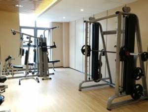 现代家庭健身房装修效果图