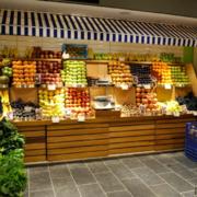 自然简约风格水果店装修效果图