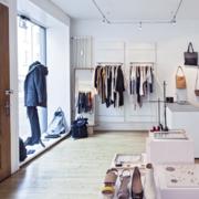 50平米现代简约风格服装店装修效果图