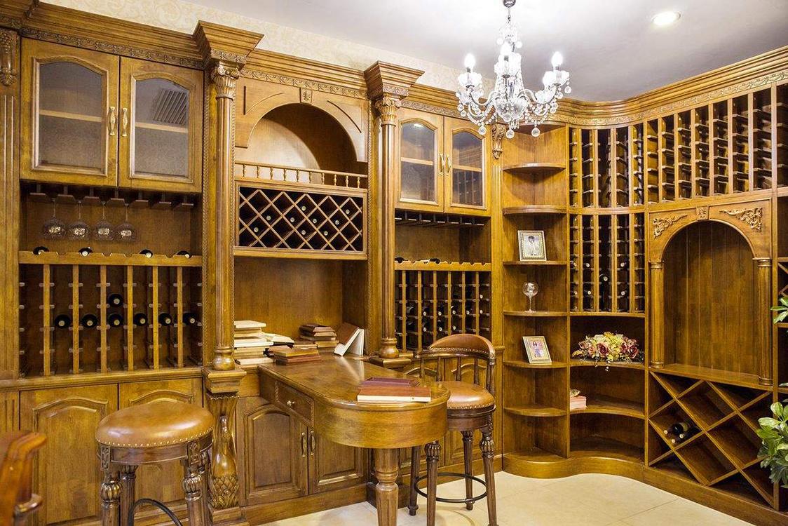 中式酒柜装修设计效果图赏析