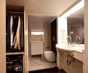 衣帽间和卫生间相连图
