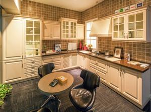 大户型厨房设计效果图