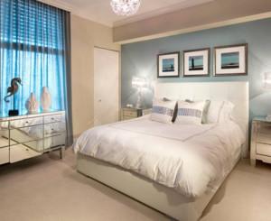 90平米现代风格卧室背景墙装修设计效果图