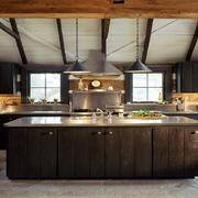 岛型厨房装修设计效果图