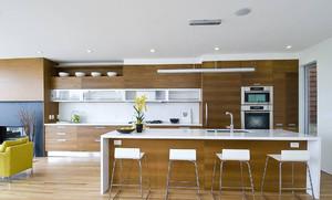 现代半开放式厨房吊顶装修效果图