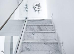 现代风格别墅楼梯装修效果图欣赏