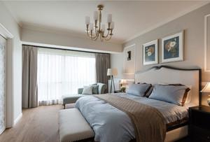 新古典风格浅色系卧室吊顶装修效果图