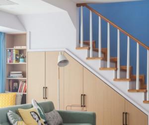 简约清新北欧风储物式楼梯装修效果图