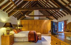 实木风阁楼卧室装修效果图