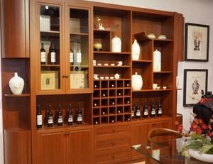 中式大户型酒柜装修效果图