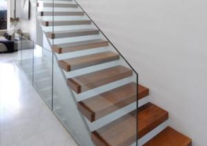 现代风格别墅实木楼梯装修效果图