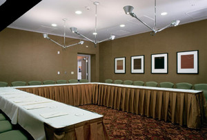 U型会议室装修效果图