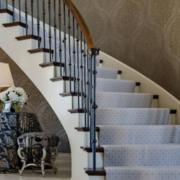 欧式风格别墅豪华楼梯装修效果图