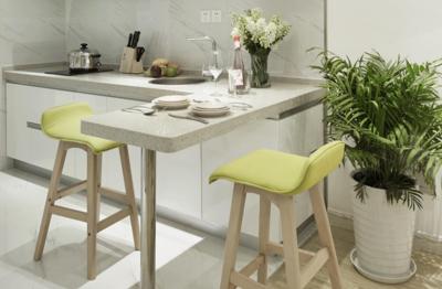 现代简约小户型厨房吧台装修效果图