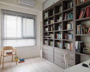 现代书房书柜装饰图