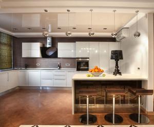 白色厨房图片