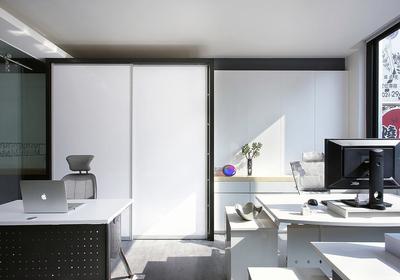 小面积现代简约办公室装修
