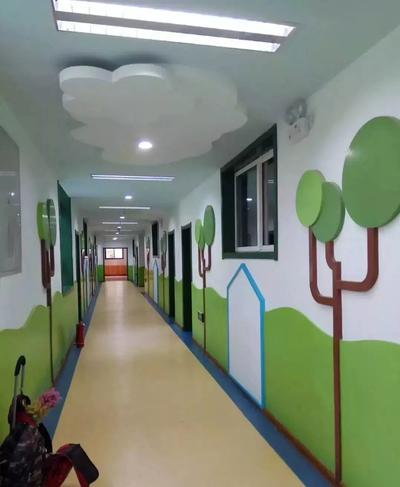 幼儿园大门过道设计效果图大全