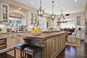 欧式开放式小厨房吧台装修效果图