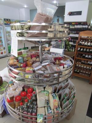 33平方小超市如何装修效果图,农村小超市装修效果图