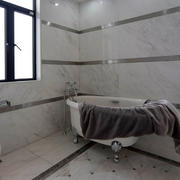 卫生间现代瓷砖一居室装修