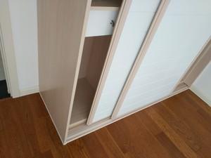 衣柜踢脚线效果图,木质踢脚线效果图