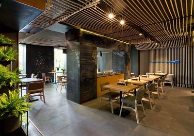 50平方的餐饮店面装修效果图,餐饮店面普通装修效果图