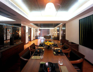 新中式客餐厅地砖效果图,25平客餐厅新中式客厅效果图