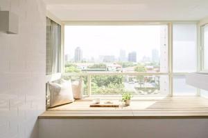 现代简约小阳台装修效果图欣赏,阳台装修效果图大全现代简约