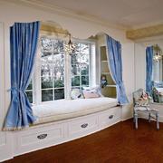 客厅现代飘窗小户型装修