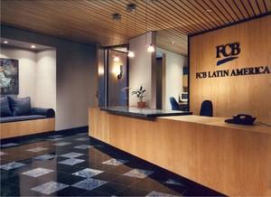 办公室前台简装修实景图,旅游办公室装修实景图