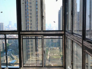 高層陽臺推拉窗效果圖