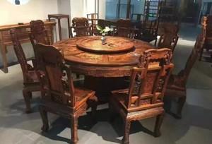 复古风红木餐桌家具店装修效果图