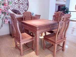 家用红木餐桌家具店装修效果图