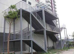 上千平米大型工厂钢架楼梯装修效果图