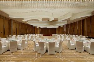 900现代豪华平风格酒店隔断装修效果图