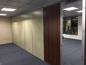 400平米健身房现代风格隔音隔断装修效果图