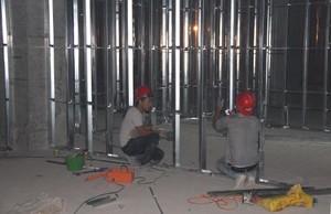 550平米办公室工业风格轻钢龙骨隔断装修效果图